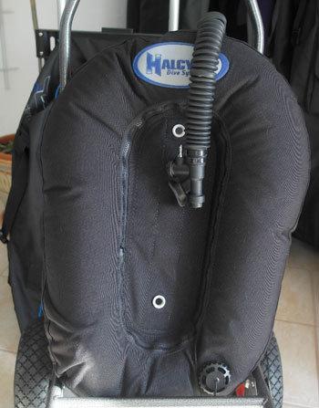 Halcyon eclipse wing tec divesysteme - Halcyon dive gear ...
